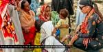 Hadiqa-Kiani-at-flood-affected-area-Basti-Kalraywala-Multan-Sep-2010-11