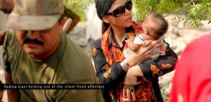 hadiqa kiyani at flood affected areas