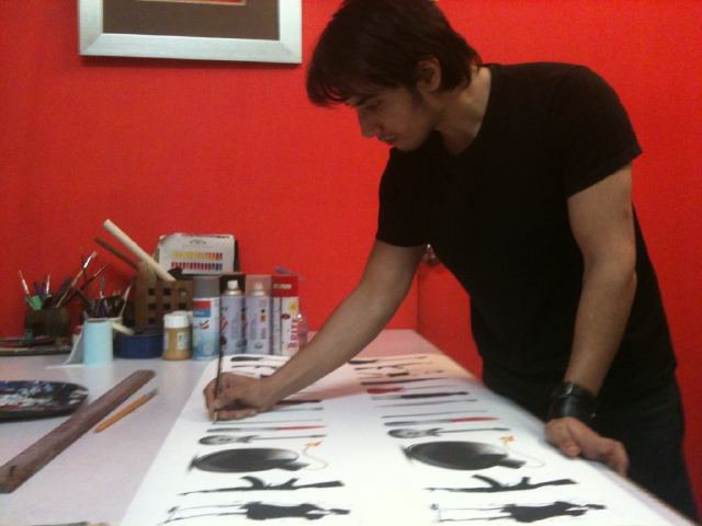 Ali Zafar painting for flood relief