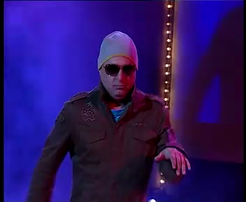 Ali Azmat caught Lip Sync