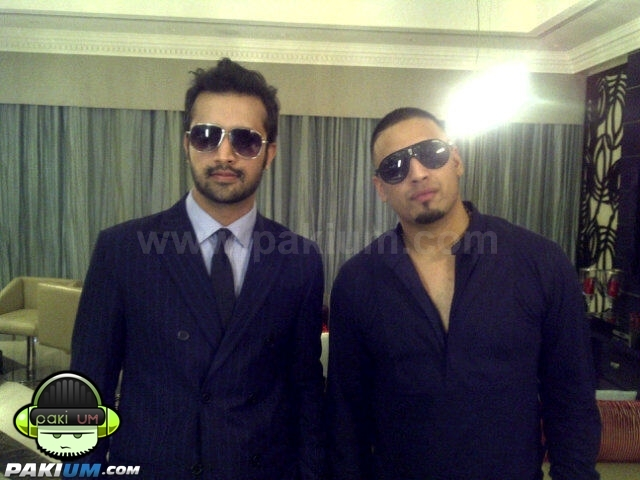 Atif Aslam with Imran Khan in Dubai concert