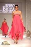 Hajra Hayat Bridal Couture Week 2011 Karachi (2) (Large)