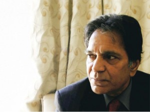 Pakistani Actor Moin Akhtar died of heart attack