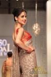 Shireen Hassan Bridal Couture Week 2011 Karachi (5) (Large)