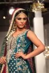 Zainab Sajid Bridal Couture Week 2011 Karachi (3) (Large)