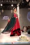 Zainab Sajid Bridal Couture Week 2011 Karachi (4) (Large)