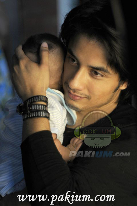 Ali Zafar picture with song Azaan Ali