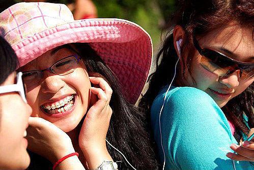 Jawad-Ahmad-wants-Chinese-people-to-listen-Pakistani-Music2.jpg
