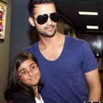 Atif Aslam with his Fans in Dallas (16)