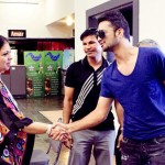 Atif Aslam with his Fans in Dallas (21)