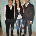 Ali-Zafar-with-Imran-Katrina-on-sets-of-Xfactor (10)