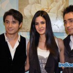 Ali-Zafar-with-Imran-Katrina-on-sets-of-Xfactor (2)