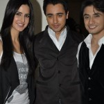 Ali-Zafar-with-Imran-Katrina-on-sets-of-Xfactor (4)