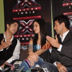 Ali-Zafar-with-Imran-Katrina-on-sets-of-Xfactor (8)