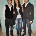 Ali-Zafar-with-Imran-Katrina-on-sets-of-Xfactor (9)