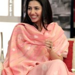 VJ Mahira Khan on Hum TV Telethon
