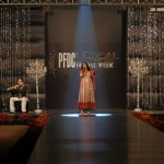 Meesha Shafi & Sanam Marvi at PFDC L'Oreal Paris Bridal Week (10)