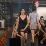 Meesha Shafi & Sanam Marvi at PFDC L'Oreal Paris Bridal Week (3)