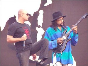 Ali Azmat and Junoon