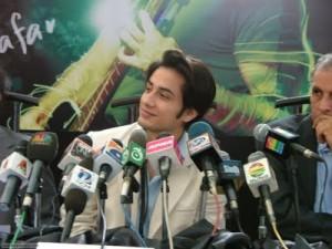 Ali Azfar asks Veena Malik