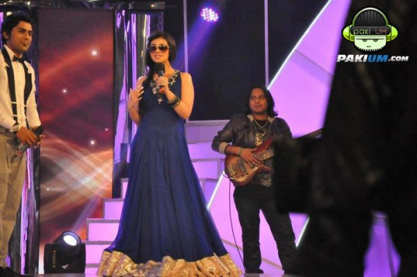 Ayesha Takia hosting Sur Kshetra Show