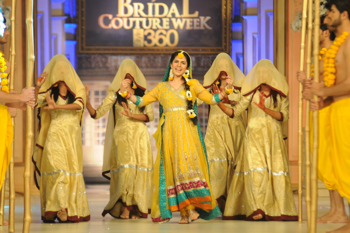 Bridal Couture Week 2012 Karachi Pictures