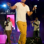 Ali Zafar Live in Iqbal Stadium Faisalabad 10th May 2012 (9)