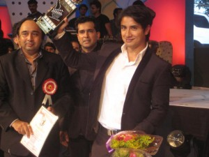 Ali Zafar with Dadasaheb Phalke Award