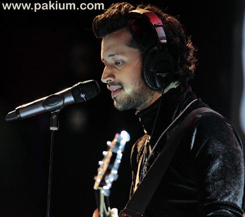 Atif Aslam sings 4 songs in Coke Studio