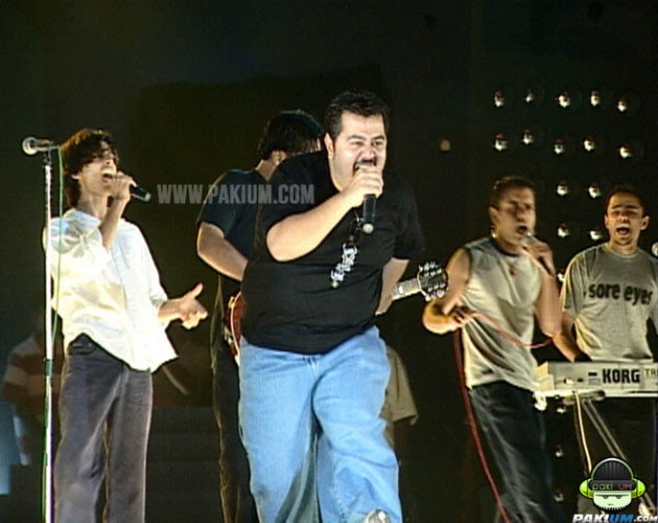 EP band performing in Pepsi Battle of the bands in 2002
