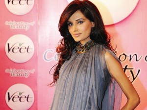 Mehreen Syed walking on the Bollywood of Broken Dreams