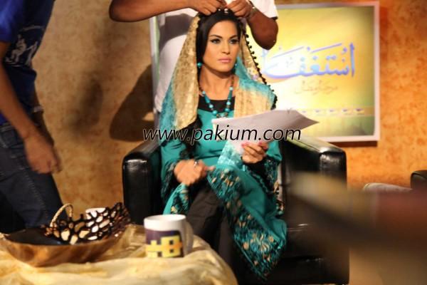 Veena Malik on the sets of Hero TV Astagfaar