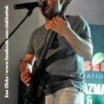 ali-azmat-and-zoe-viccaji-live-at-multan (28)