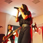 ali-azmat-zoe-viccaji-live-at-multan (16)