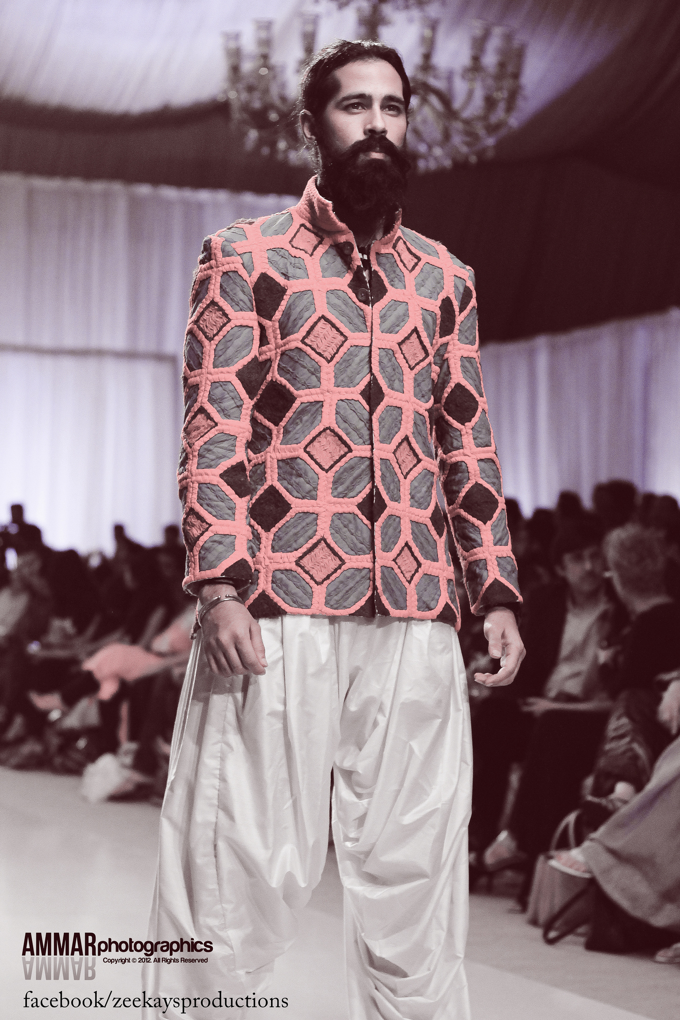 4th-fashion-pakistan-week-pictures-oct-2012-fpw4-day-2 (1)