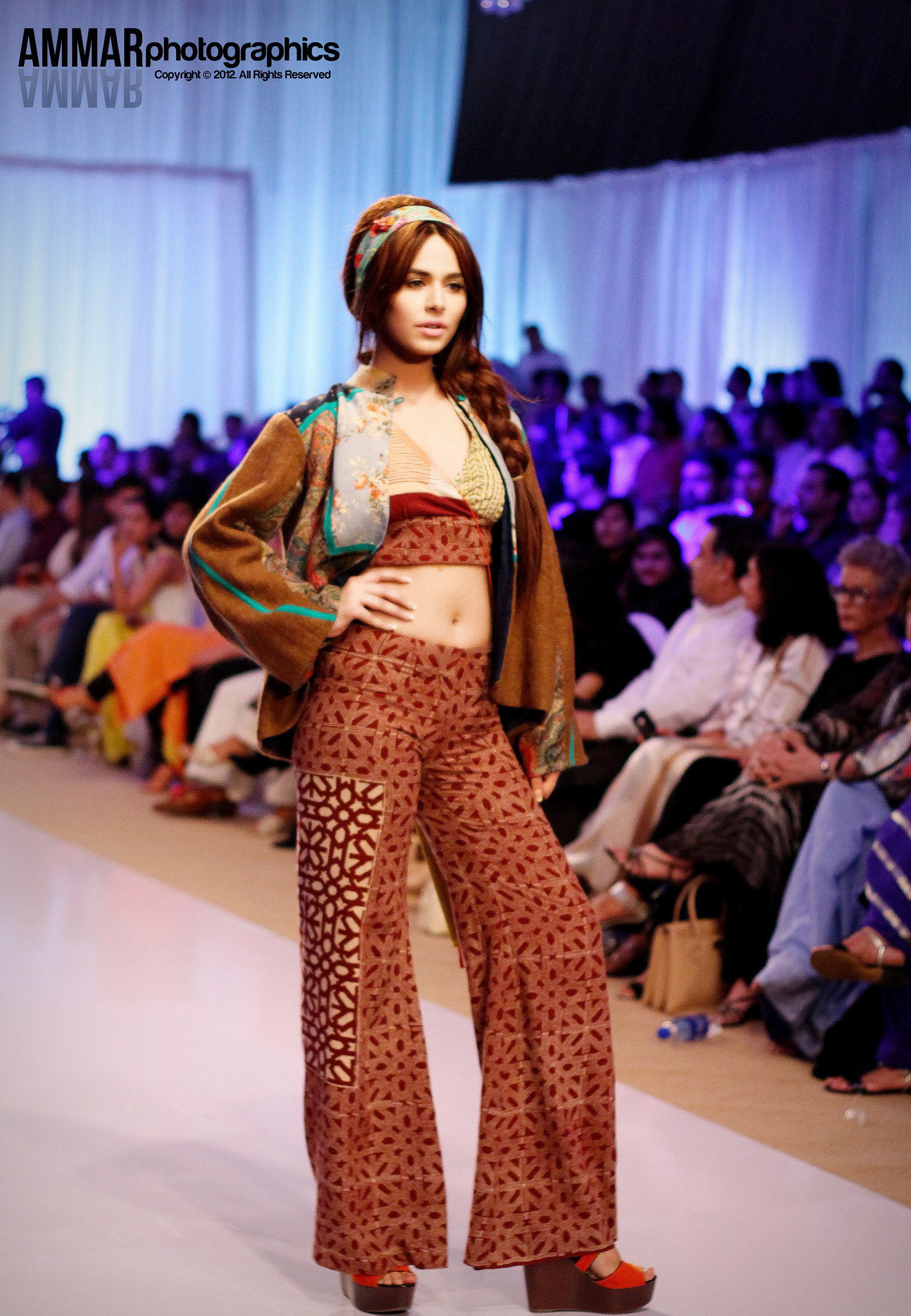 4th-fashion-pakistan-week-pictures-oct-2012-fpw4-day-2