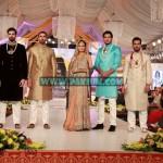 Erum-Bridal-Couture-Week-Lahore-2012-13