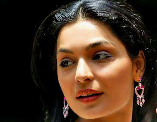 I Am Still 27, Said Meera