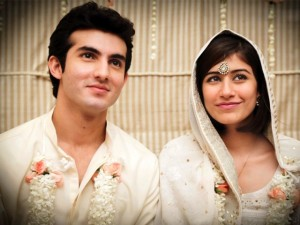 Syra and Shehroz are planning their Honeymoon Destination