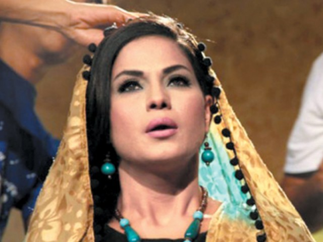 Veena Being Sued Rs 600 Million For Astaghfaar