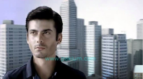 Fawad-Khan-QMobile-Ad (5)