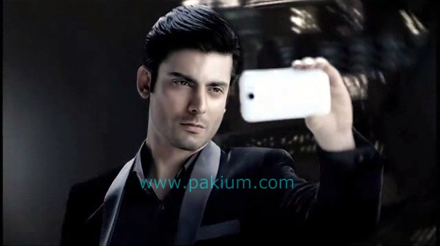 Fawad Khan taking his own picture