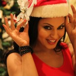 Veena Malik Celebrating Christmas14