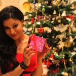 Veena Malik Celebrating Christmas5