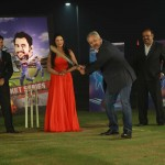 Veena Malik With Cricketer Zaheer Abbas