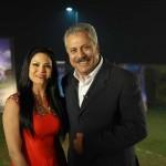 Zaheer Abbas posing with Veena Malik