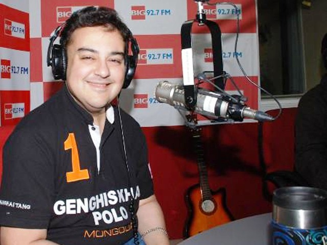 adnan sami new album press play got leaked over internet