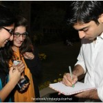 Fawad Khan with fans of Zindagi Gulzar hai