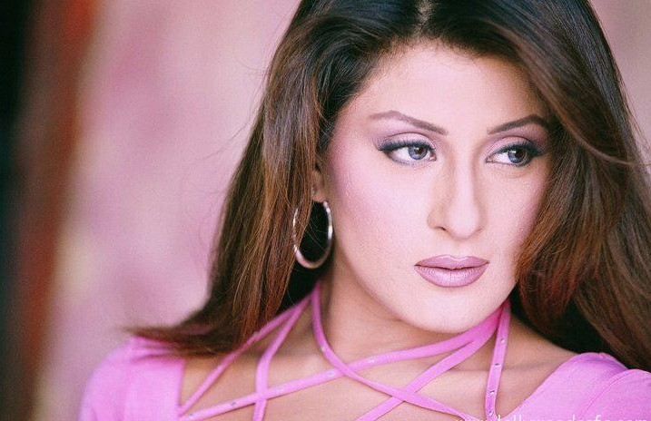 Laila to Start her Political Career Soon