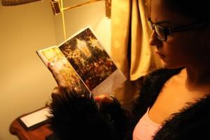 Veena Malik reading Bhagavat Gita